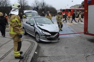Kør sikkert – og spar på omkostningerne til skader